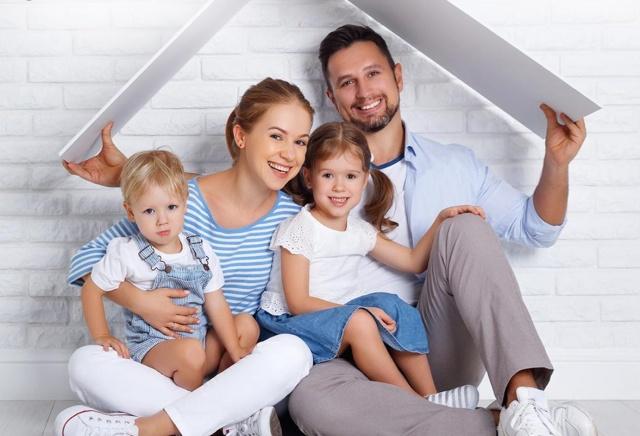 Счастливая семья, получившая материнский капитал